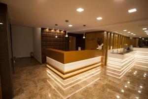 The lobby or reception area at Giresun Sedef Hotel