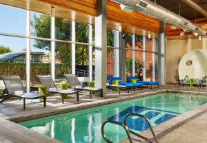 The swimming pool at or near Aloft Houston by the Galleria