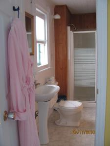 A bathroom at Maison Gauthier