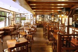 Ресторан / где поесть в Отель Кортъярд Марриотт Москва Центр