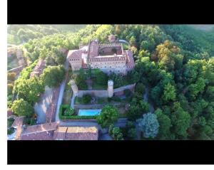 A bird's-eye view of Castello di Gabiano