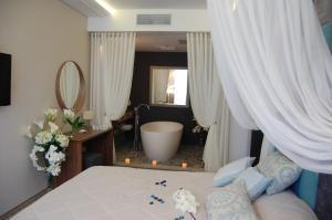 A bathroom at Hotel Complex Novyi Svet