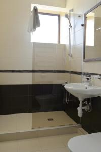A bathroom at Šaulys