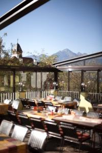 A restaurant or other place to eat at Café Pension Alpina