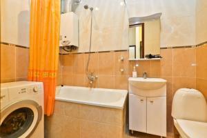 Ванная комната в Apartment Kanal Griboyedova