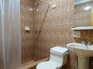 Un baño de Hotel Marvento I