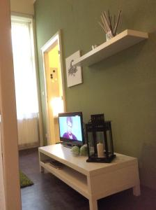 A television and/or entertainment center at Apartment Ivory
