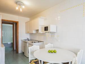 Een keuken of kitchenette bij BelleVue Aquarius
