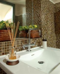 A bathroom at Hotel Terminal