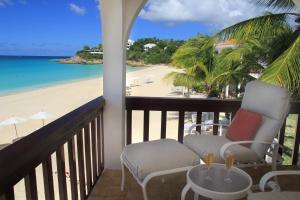 Ein Balkon oder eine Terrasse in der Unterkunft Carimar Beach Club