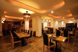 A restaurant or other place to eat at Dorji Elements Boutique Hotel