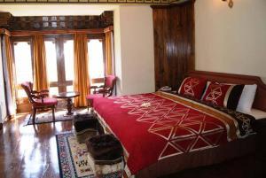 A room at Hotel Drukchen