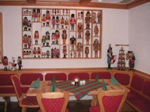 Lounge oder Bar in der Unterkunft Hotel Nußknackerbaude