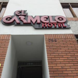 The facade or entrance of Hotel El Carmelo Miraflores