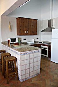 Una cocina o zona de cocina en Casa Rural Elanio Azul