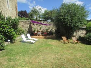 A garden outside Hauts De La Brancherie