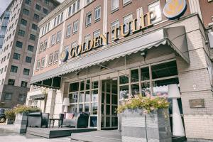 The facade or entrance of Golden Tulip Hotel Alkmaar