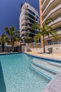 The swimming pool at or near Wyuna Beachfront Holiday Apartments