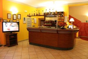 El lobby o recepción de Hotel Sara