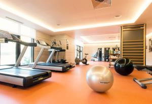 The fitness center and/or fitness facilities at SANA Metropolitan Hotel