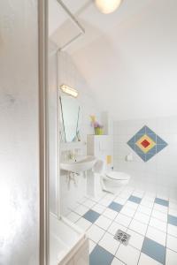 A bathroom at Gasthof Kraxner