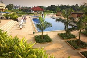A view of the pool at Radisson blu Dhaka Water Garden or nearby