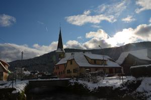 Doller Villa 4 stars Hot Tub Mountain Ski Ballon d'Alsace during the winter