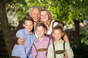 A family staying at Pension Schmidinger