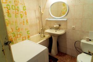 Ванная комната в Металлургов 8 Апартаменты Анверс