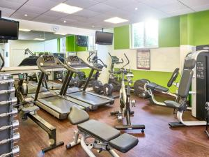 The fitness center and/or fitness facilities at Novotel Milton Keynes