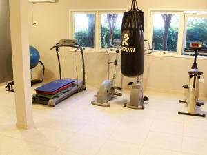 The fitness center and/or fitness facilities at Suíça Hotel & Resort