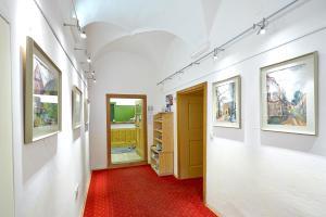 Ein Etagenbett oder Etagenbetten in einem Zimmer der Unterkunft Gasthof Hotel Schiffsmeisterhaus