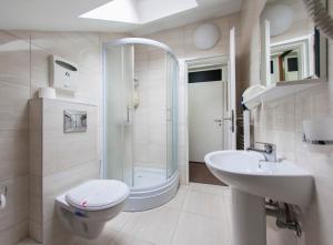 A bathroom at Hotel Boutique 36