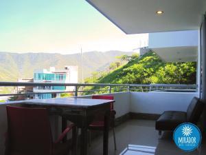 A balcony or terrace at Hotel TNT Mirador