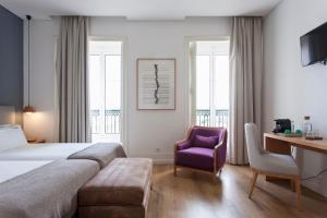 A seating area at Feels Like Home Chiado Prime Suites