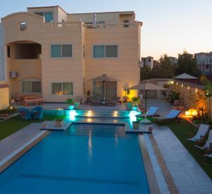The swimming pool at or near View Villa Apartments Hurghada