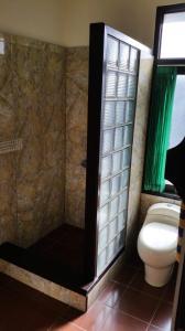 Koupelna v ubytování Ayu Taman Sari