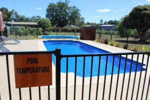 A view of the pool at Alexandra Motor Inn - Victoria Aus or nearby
