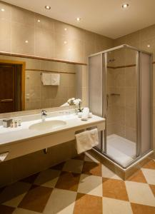 A bathroom at Superior Hotel Panorama
