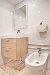 Ванная комната в Apartment Sutochno78 Nikolskaya