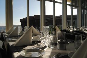En restaurang eller annat matställe på Nösund Havshotell