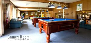 A pool table at Snowy Mountains Resort and Function Centre