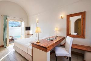 Salle de bains dans l'établissement Meltemi Village Hotel