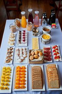 Opciones de desayuno disponibles en Hotel Naguilan