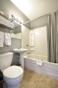 A bathroom at St. Norbert Hotel