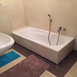 Ein Badezimmer in der Unterkunft City FEWO Leipzig