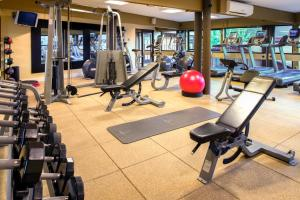 The fitness center and/or fitness facilities at DoubleTree by Hilton Seattle Airport