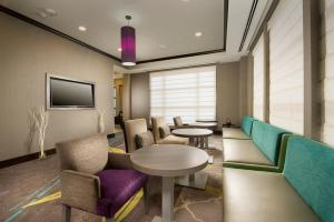 A seating area at Hilton Garden Inn College Station