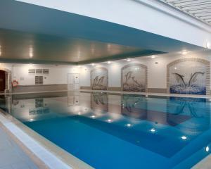 A piscina em ou perto de Jardim do Vau