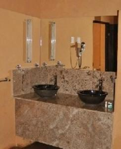A bathroom at Kashana Namibia